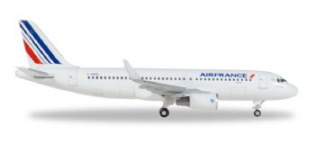 Airbus A320 Air France Herpa Diecast Collectors Model Scale 1:500 530606 E